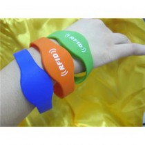 RFID Waterproof RFID Silicone Wristband Bracelet RFID Wrist Watch Band Strap EM4200 EM4200 Chip Card Hand Swim