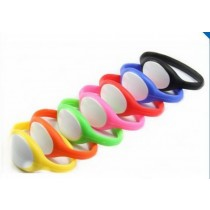 Waterproof  TK4100 Rfid SW321 Plastic Silicon Wristband For Swimming Pool