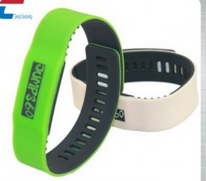 RFID eco-friendly waterproof custom wristband silicone SW750 rfid slicone wristband